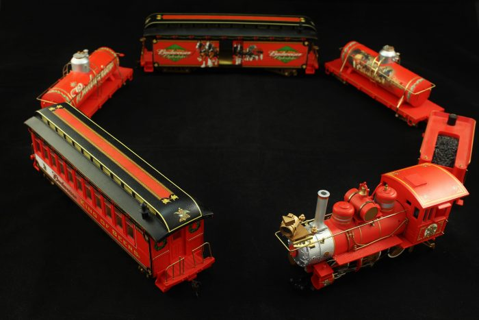 8459289c1 Vintage HO Scale Budweiser Holiday Train Set Hawthorne Village